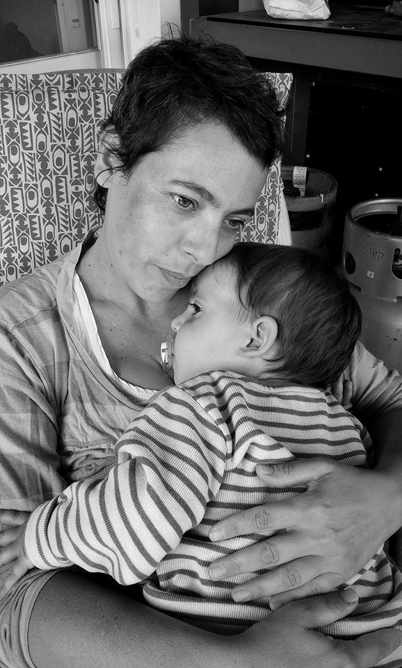 אסנת חן - אמא עוטפת ותומכת